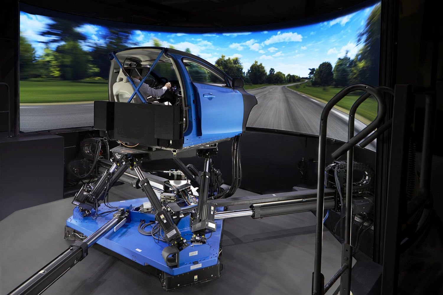 Simulator right side from Volvo jpg